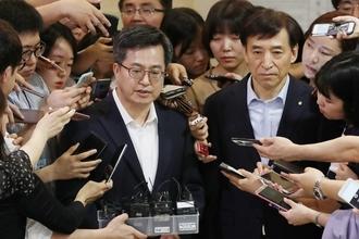 """김동연 """"최저임금 인상, 하반기 경제 부담 줄 수 있어"""""""