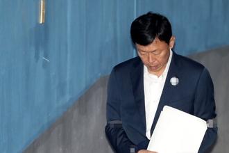 신동빈, '국정농단·뇌물공여' 2심에 징역 14년 구형